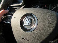 Im Mai hatten wir die Möglichkeit die Limousine des Skoda Octavia RS in Rallye-Grün Metallic zu testen und haben das Auto auf über 2300 km in Deutschland, Österreich, der Schweiz und Italien mehr als genossen. Wir waren sehr über den geringen Verbrauch des sportlichen Autos erstaunt und haben hier bereits eine Bildergalerie bevor der Testbericht und ein Artikel zum Roadtrip nach Maienfeld und an den Comer See folgen. Skoda Octavia RS Limousine in Rallye-Grün Metallic Seitenansicht Skoda ...