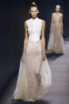 Paris Fashion Week Spring 2015: From the Runway - Vionnet Spring 2015
