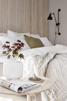 Kukkamaljakko Sanky Bett, Schlafzimmer, Landhaus Stil Schlafzimmer,  Minimalhaus, Schlafzimmerschrank, Schlafzimmerdeko
