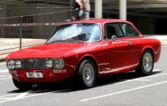 1975 Alfa Romeo GTV 2000