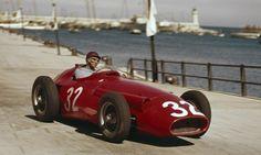 Juan Manuel Fangio - Maserati - Officine Alfieri Maserati - XV Grand Prix Automobile de Monaco - 1957 World Championship for Drivers, round 2 Maserati, Old Race Cars, Old Cars, Classic Race Cars, Monaco Grand Prix, Formula 1 Car, Classic Motors, Vintage Race Car, Drag Racing