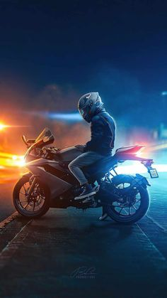 Emoji Wallpaper Iphone, Iphone Wallpaper Images, Iphone Wallpapers, Ghost Rider Motorcycle, Classic Motorcycle, Royal Enfield Classic 350cc, Biker Photoshoot, Royal Enfield Wallpapers, Bullet Bike Royal Enfield
