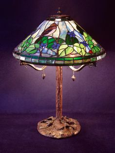 Sparrow and woodviolets lamp 066