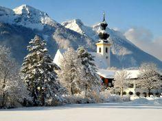 Een echte winter, alles is mooi wit. Meer weten over deze bestemming? http://to.kras.nl/Pinterest_Duitsland