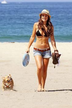 Serinda Swan, bikini body... Time to start working out