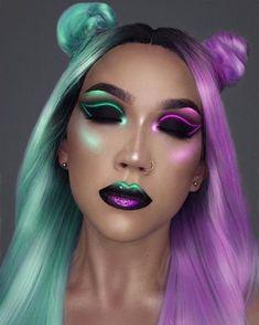 "Purple and teal neon makeup makeup artist take on ""sunset refl Eye Makeup Art, Hair Makeup, Eyeliner Makeup, Skull Makeup, Alien Make-up, Creative Makeup Looks, Beauty Make-up, Cooler Look, Special Effects Makeup"