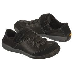 MERRELL Reach Glove Pre/Grd Shoes (Black/Scarlet) - Kids' Shoes - 4.5 M