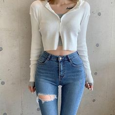Crop Top Outfits, Edgy Outfits, Korean Outfits, Classic Outfits, Cute Outfits, Korean Girl Fashion, Ulzzang Fashion, Girls Fashion Clothes, Fashion Outfits