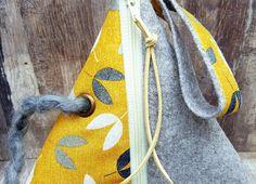 BIRD SEEDS FELT Bag Pyramid Style Geometrical Triangle Project Knitting Crochet Sewing Craft Basket Needle Holder Storage Organiser Gift