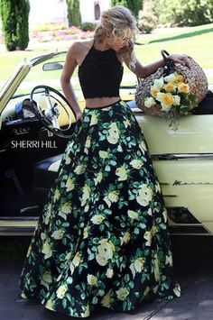 Shop short prom dresses and long prom dresses at PromGirl. Long prom gowns, short dresses for prom, prom dresses and cute prom dresses for junior and senior prom. Look Boho, Look Chic, Pretty Dresses, Beautiful Dresses, Grad Dresses, Formal Dresses, Long Skirt Formal, Sherri Hill Homecoming Dresses, Formal Outfits
