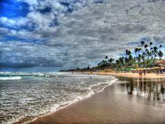 "Flamengo Beach - #SalvadordeBahia ................ #GlobeTripper® | https://www.globe-tripper.com | ""Home-made Hospitality"""