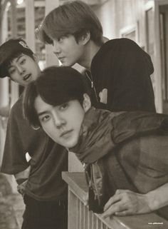 Xiumin, Suho, Sehun - 190917 Fourth official photobook 'PRESENT ; the moment' Credit: Glitter Baek. Chanyeol, Kyungsoo, Exo Ot12, Chanbaek, K Pop, Exo Group, Exo Album, Exo Lockscreen, Xiuchen