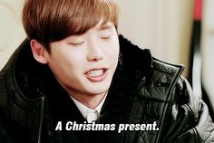 Lee Jong-Suk in ' Pinocchio ' ; Drunken Christmas Presents lol [GIF] #kdrama