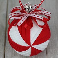 SugarPlum Quilted Or Christmas Ribbon Crafts, Origami Christmas Ornament, Folded Fabric Ornaments, Quilted Christmas Ornaments, Candy Christmas Decorations, Beaded Ornaments, Ball Ornaments, Christmas Baubles, Xmas Crafts