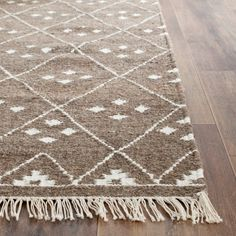 Shop for Safavieh Handmade Natural Kilim Domiziana Wool Rug with Fringe. Get free delivery On EVERYTHING* Overstock - Your Online Home Decor Store! Kilim Rugs, Shag Rugs, Woven Rug, Colorful Rugs, Hand Weaving, Area Rugs, Natural, Master Bedroom, Bedroom Rugs