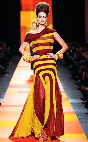 Resultado de imagem para vestidos bordados de alta costura