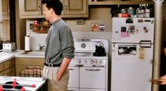 """24 mentiras que """"Friends"""" nos contaram sobre a vida adulta"""