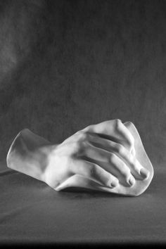 Гипсовая фигура кисть Давида, 43х30см от Статуя по 1 399.00 руб