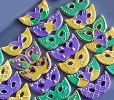 Decorating Ideas for Mardi Gras Cookies (photos & links)