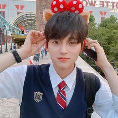 Cute Asian Guys, Cute Korean Boys, Asian Boys, Asian Men, Cute Boys, Korean Boys Ulzzang, Ulzzang Couple, Ulzzang Boy, Korean Best Friends