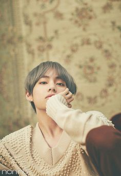 """""""J-jungkook this i-is wrong, s-stop."""" -Taehyung """"Don't worry baby i'll take care of you, and don't worry about Yoongi or Jimin it's not like they never cheated. Bts Taehyung, Jimin, Bts Bangtan Boy, Bts Boys, Taehyung Gucci, Foto Bts, Bts Photo, Daegu, Taekook"""