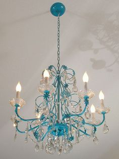 DIY::Blue chandelier Makeover. I want a chandelier in my new master bedroom and/or closet!