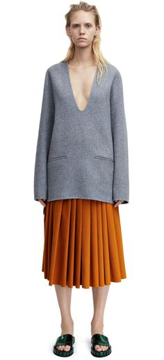 Alley doublé grey melange kaftan style pullover with a deep v-neck #AcneStudios #Resort2015