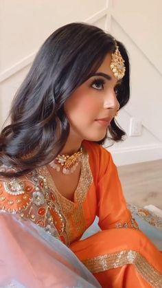 Embroidery Suits Punjabi, Embroidery Suits Design, Beautiful Pakistani Dresses, Pakistani Dress Design, Designer Punjabi Suits, Indian Designer Outfits, Indian Wedding Outfits, Bridal Outfits, Patiala Salwar