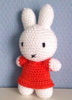 Diy Crochet Amigurumi, Crochet Baby Toys, Amigurumi Patterns, Amigurumi Doll, Crochet Animals, Crochet Dolls, Crochet Patterns, Love Crochet, Crochet For Kids