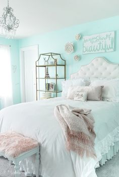 Daughter's New Tween Room My Daughter's New Tween Room – 11 Magnolia Lane Easy and affordable decorating ideas for a teen/tween/girls room.My Daughter's New Tween Room – 11 Magnolia Lane Easy and affordable decorating ideas for a teen/tween/girls room. Room Decor Bedroom, Bedroom Design, Tween Room, Girls Bedroom, Girl Room, Cute Bedroom Ideas, Gold Bedroom, Girl Bedroom Decor, Stylish Bedroom