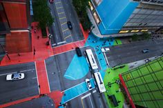 Chicago is doing some cool urban stuff. Color Jam by Jessica Stockholder - Always appreciate seeing good stuff about Chicago getting talked about! Chicago Loop, Chicago Art, Chicago Illinois, Pedestrian Crossing, Chicago Street, Urban Intervention, Building Facade, Urban Planning, Public Art