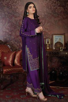Two Piece Formal Dresses, Summer Formal Dresses, Pakistani Formal Dresses, Formal Dresses With Sleeves, Pakistani Dress Design, Formal Dresses For Women, Pakistani Outfits, Indian Dresses, Indian Outfits