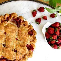 When rhubarb season rolls around, we reach for a slice of Prairie Pie's strawberry rhubarb pie. Strawberry Rhubarb Pie, Best Dishes, Missouri, Waffles, Restaurants, Rolls, Breakfast, Food, Morning Coffee