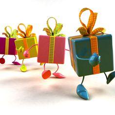 Idei de cadouri pentru copii Crăciunul, aniversarea zilei de naștere, onomastica, botezul sau orice altă petrecere te intimidează când e vorba de alegerea cadoului potrivit? Iată o listă cu sugestii de cadouri pentru copii care te poate ajuta!