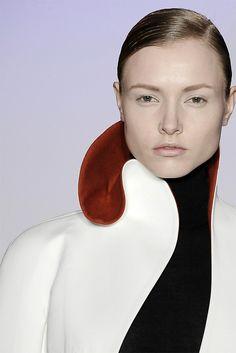 Sculptural Collar - two tone contoured collar detail; bold contrasts; 3D fashion // Jil Sander