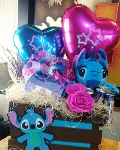 Candy Bouquet, Balloon Bouquet, Lilo And Stitch, Disney Stitch, Edible Arrangements, Birthday Diy, Gift Store, Diy Party, Gift Baskets