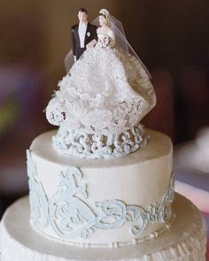 You've dreamed of being a bride since you were a little girl and have seen every Julia Roberts movie out there. Go ahead and embrace your sentimental side and top off your classic white wedding cake with a vintage cake topper (bonus points if it belonged to your grandparents!).