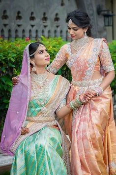 South Indian brides look eternally gorgeous and extravagant. Let us decode the South Indian bridal look here South Indian Wedding Saree, Indian Bridal Wear, South Indian Bride, Saree Wedding, Indian Wear, Bridesmaid Saree, Indian Bridesmaids, Bridal Blouse Designs, Saree Blouse Designs