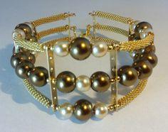 Mod:B86 brazalete de perlas de cristal en chapa de oro $149.00 mayoreo de 25% de descuento $112.00