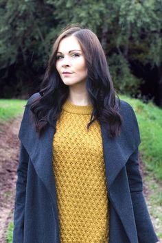 Kleidermädchen - Pullover H&M// coat - mango // sweater - hm // Jeans - bdg via urban outfitters // shoes - hm // bag - longchamp //