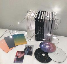 K Pop, Army Room Decor, Bts Army Bomb, All Bts Members, Bts Book, Kpop Merch, Album Bts, Kpop Aesthetic, Bts Pictures