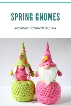The crochet pattern includes a list of necessary materials and tools. The pattern is 15 pages long and has 42 pictures to help you. Easter Crochet Patterns, Crochet Bunny, Crochet Patterns Amigurumi, Amigurumi Doll, Crochet Toys, Crochet Chicken, Crochet Wall Hangings, Handmade Toys, Handmade Ideas