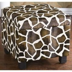 Giraffe print. I would use this for my room