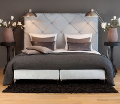 MrsMe home couture knitted mohair Graphite rib|Teddy cushions|Pavilion Graphite|Duvetcoverset Cord White on Boxspring Voque