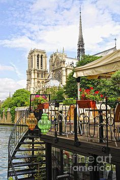 Paris aves and me someday..