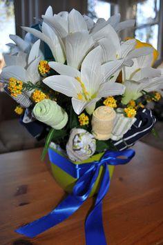 Baby onesie bouquet tutorial, a diy baby shower gift idea