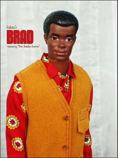 Brad from the seventies. Brad is Christie's boyfriend and Curtis is Cara's boyfriend, who are both part of Barbie dolls family and friends. Both black dolls are the same size as the beefier Ken doll and share his wardrobe. Barbie Life, Barbie World, Barbie And Ken, Vintage Barbie Dolls, Barbies Dolls, Diva Dolls, African American Dolls, Fashion Dolls, 1969 Fashion