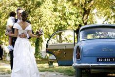 Mariage campagne vieille voiture Mas des Violettes
