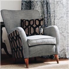 Butaca tapizada con el terciopelo labrado #Kane y con la tela #Orson de la colección #Cinema (guell-lamadrid.com) #newcollection #velvet #interiordesign #home #homedesign #homedecor #decor #decoration #homesweethome #textiles #textildesign #fabric #pattern