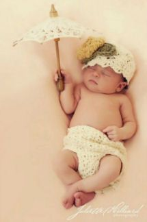 Vintage newborn infant baby girl shell stitch diaper cover and infant baby cloche hat pattern photography photo studio portrait props